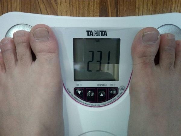 タニタ体重計でBMI