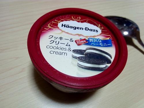 クッキー&クリームアイスの商品画像