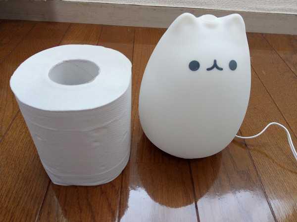 トイレットペーパーと萌えニャンコの大きさ比較