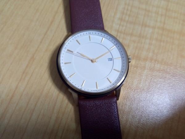 Lagom Watchesを正面から撮影した写真