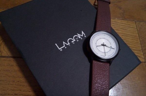 SJOの箱と腕時計
