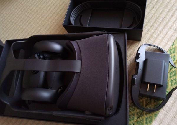Oculus Questの内容物