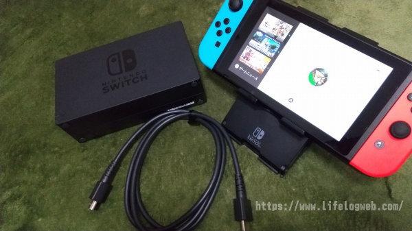ニンテンドースイッチ本体とドック・HDMIケーブルの写真